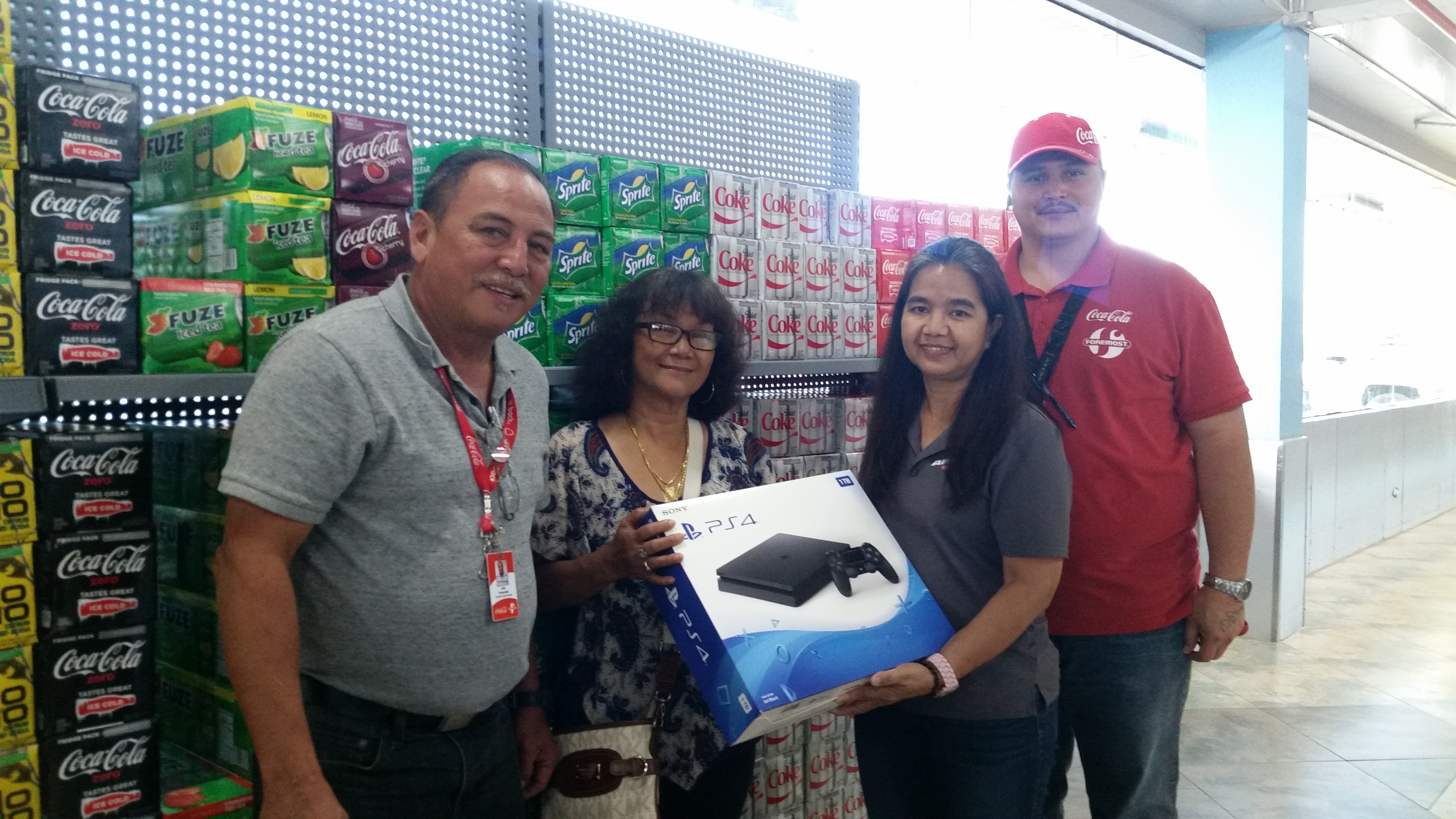 Coca-Cola's Oh My Gadgets:<br> first drawing winner awared